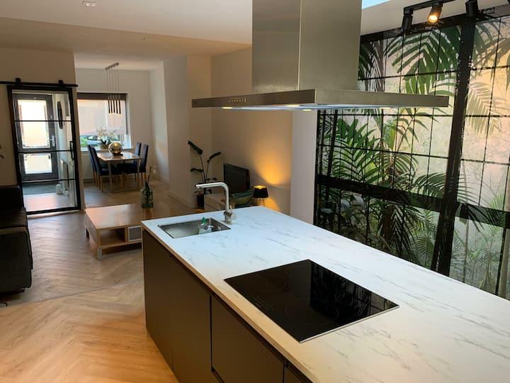 Beautiful & Stylish 3-bedroom house in Hilversum