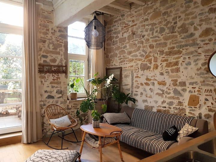 Coeur Vieux-Lyon, Vue Jardin, Garage (en option)