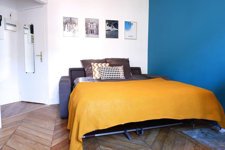 COOL flat, central PARIS, REPUBLIQUE, MARAIS