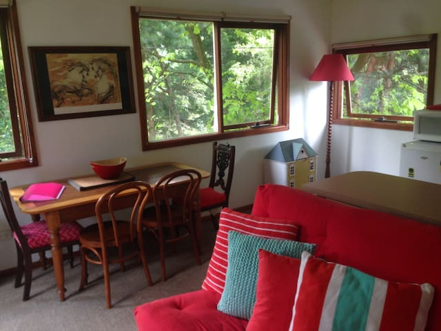 Treetops Hideaway 10 mins to Hobart - Fern Tree - Appartement