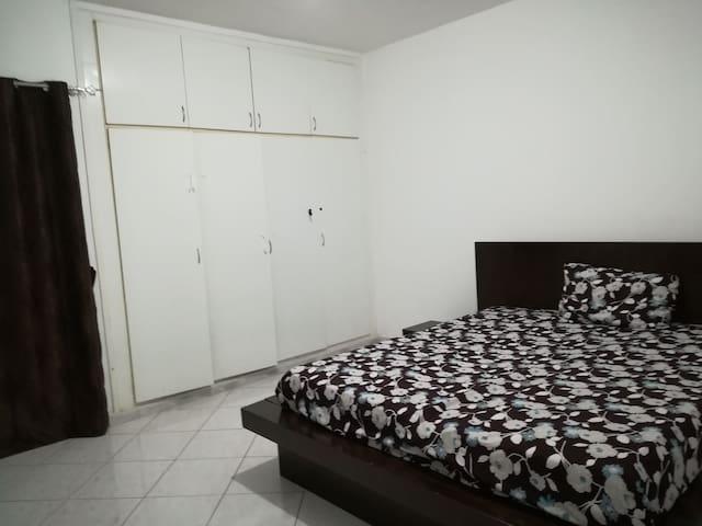 Comfy stay at hot spot of Abudhabi