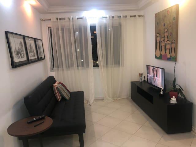 Apartamento 2 dormitórios  em Moema