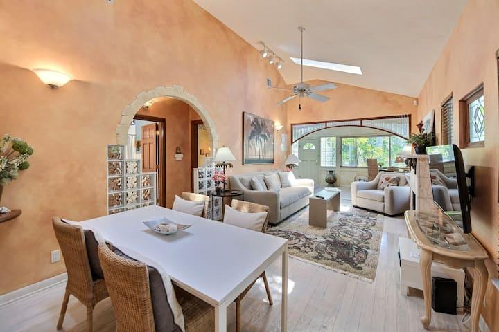 Victoria Park Secret Cottage - Fort Lauderdale