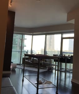 Downtown Condo next to ACC and Union Station - Toronto - Appartement