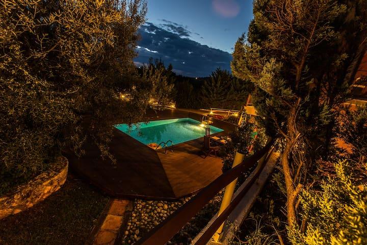 3Queens – Villa Rania Skala Kefalonia amazing view