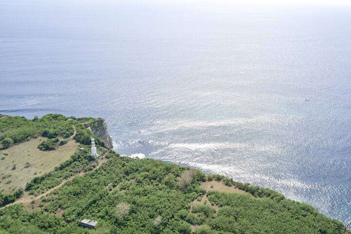 Secret Lighthouse on Chalky Cliff in Uluwatu #1