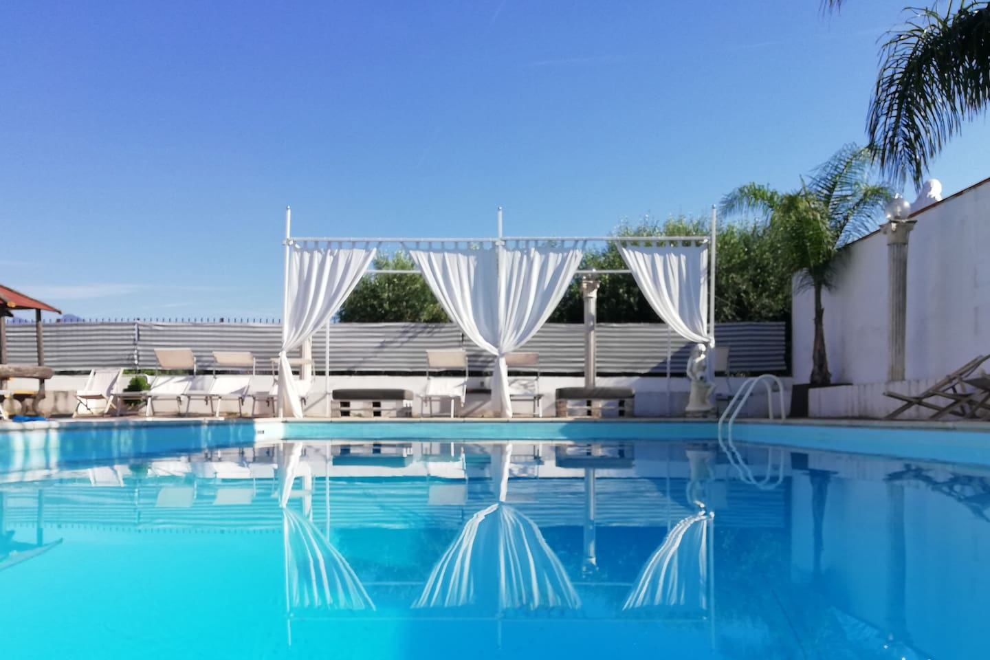 Swimming pool, open from May to October