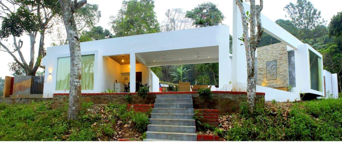 Thapovan Resort - Kodaikanal - Vila