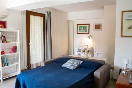 Mini appartamento a  3 km dal golfo di Baratti
