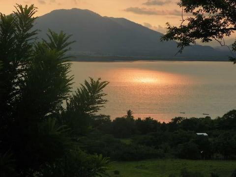 Hotel Isla de Chira