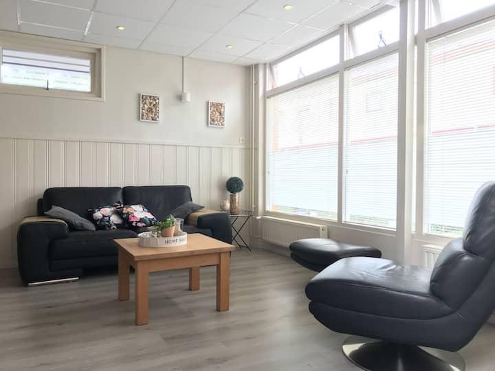 NEW Appartement ; 25 km van Amsterdam-Strand-meer