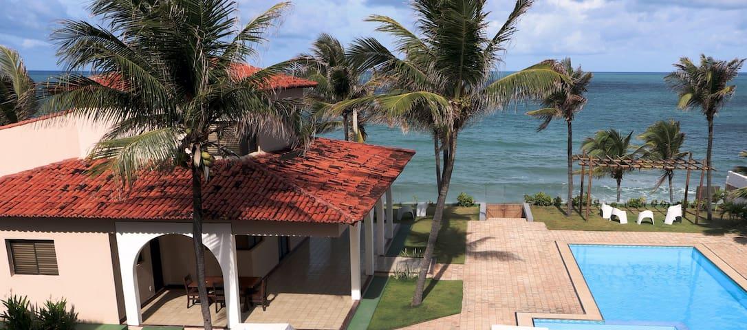 Cotovelo Paradise - Condomínio com 5 casas.