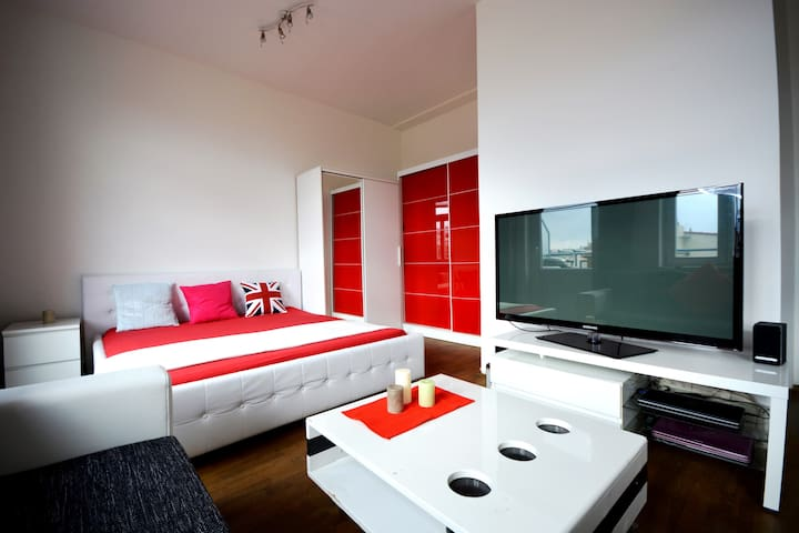 Apartment in the center of Prague with terrace - Prague - Appartement