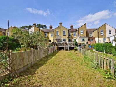 Central Maidstone 4 bedroomed House