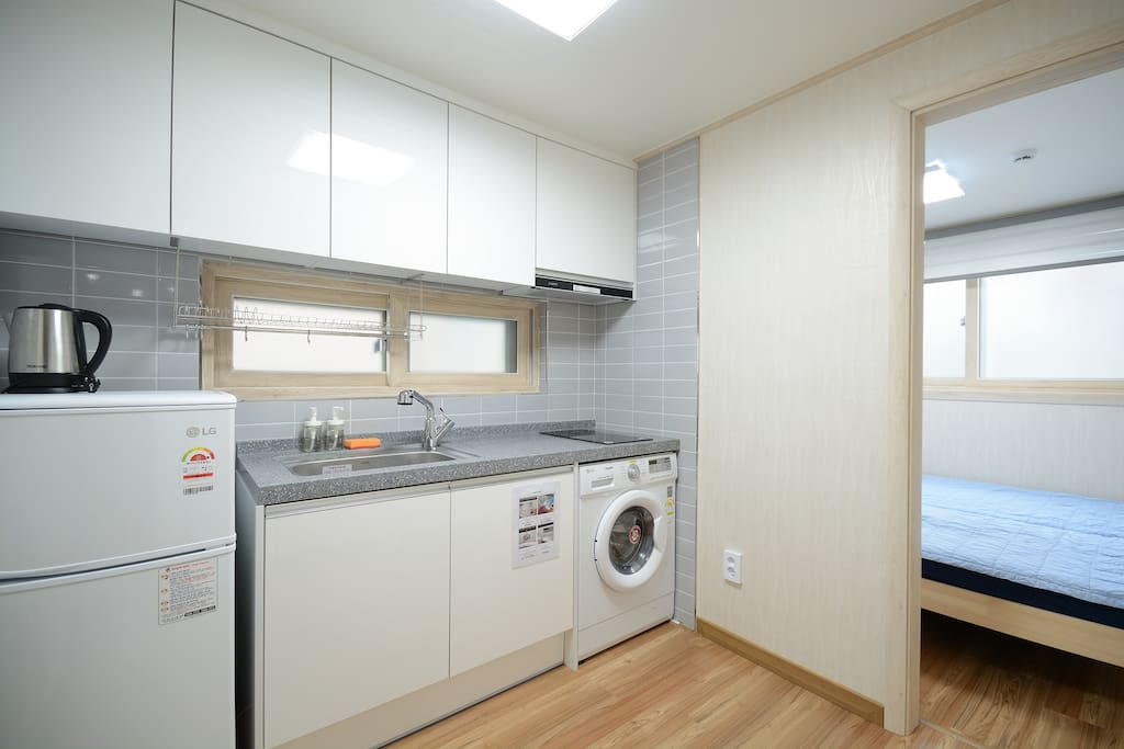 facilities-washing machine,refrigerator,Mini-kitchen