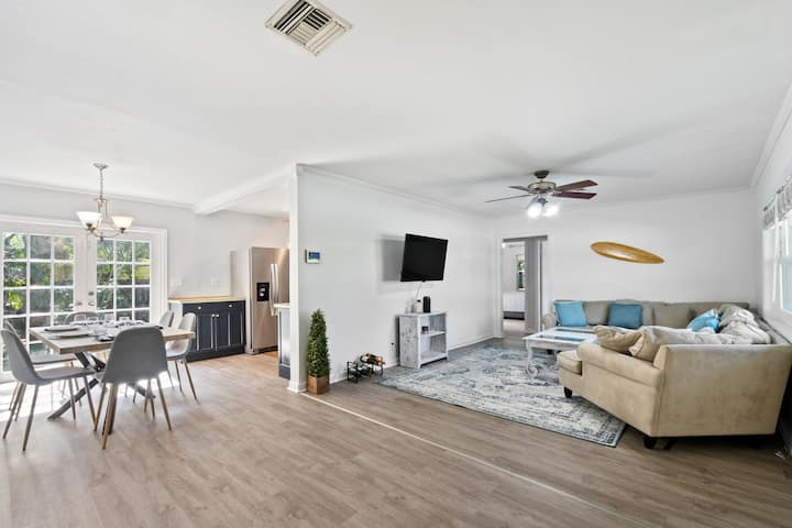 Dreamy 3 Bedroom Florida House, West Palm Beach