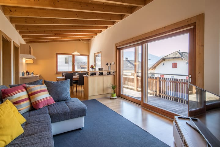 "CierreHoliday ""Jergina Loft"" for 4/6 persons - Bruneck - Apartmen"
