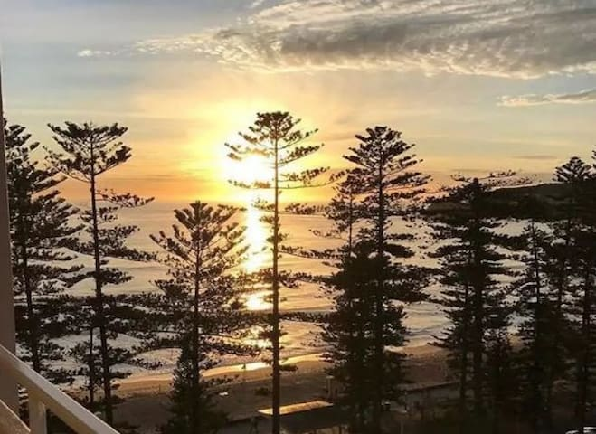 Beachfront pad with amazing views - Manly - Apartament