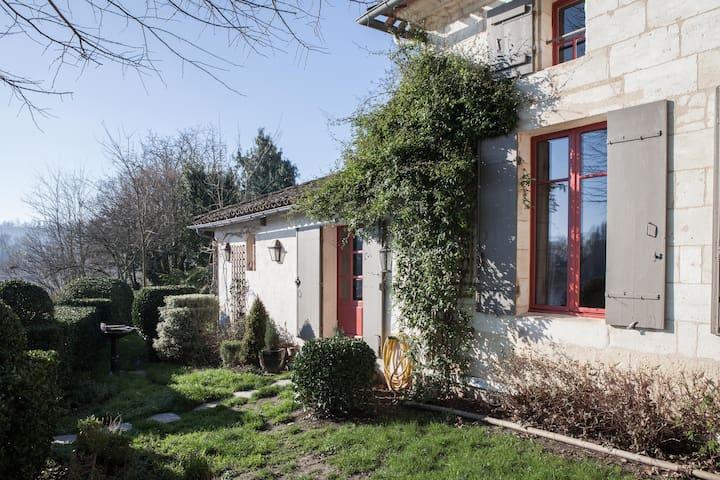 La Dordogne au pied de St Emilion - Sainte-Terre - Bed & Breakfast