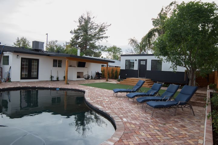 The Tiny Haus at Park Avenue: DOWNTOWN GILBERT