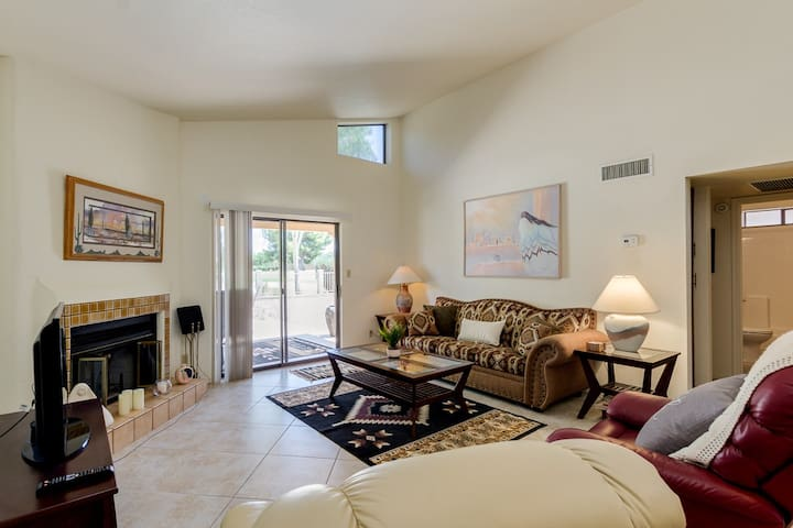 Gorgeous 2 Bedroom 2 Bath plus an office with Golf Course and Mountain Views!