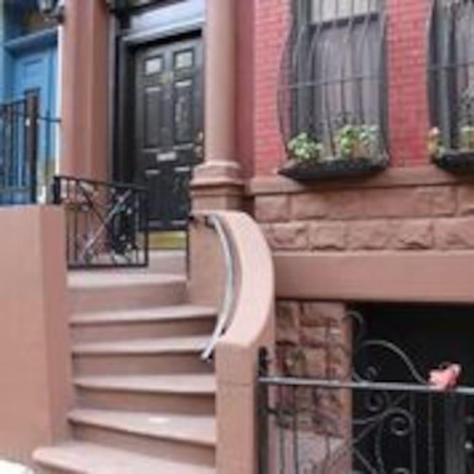 manhattan brownstone great location maisons de ville louer new york new york tats unis. Black Bedroom Furniture Sets. Home Design Ideas