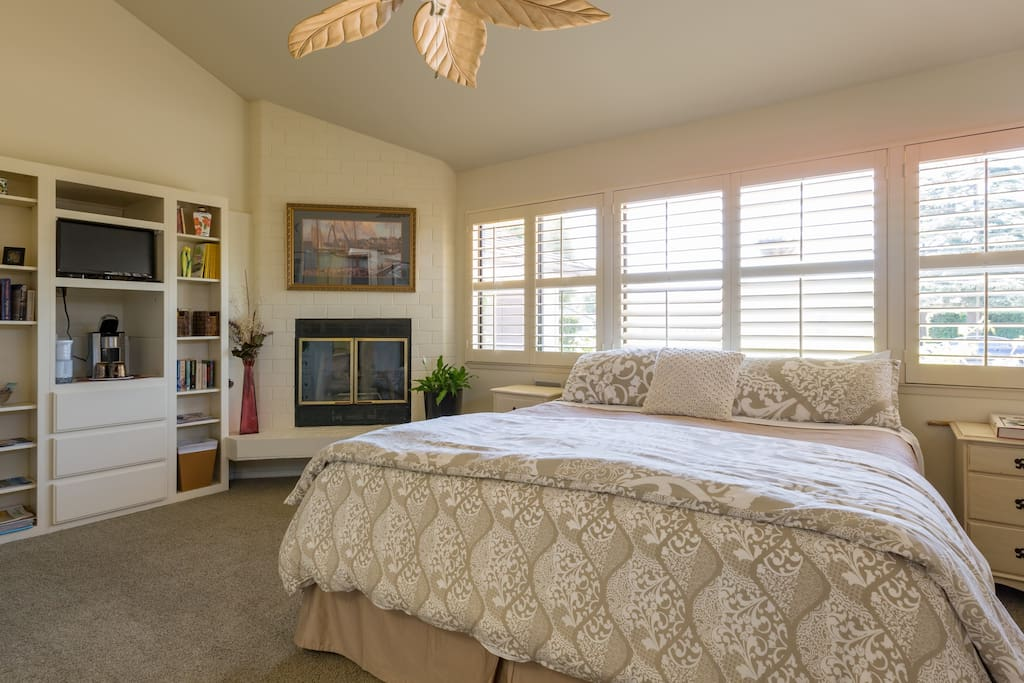 Luxurious Master Ensuite With Separate Entrance Houses For Rent In San Luis Obispo California