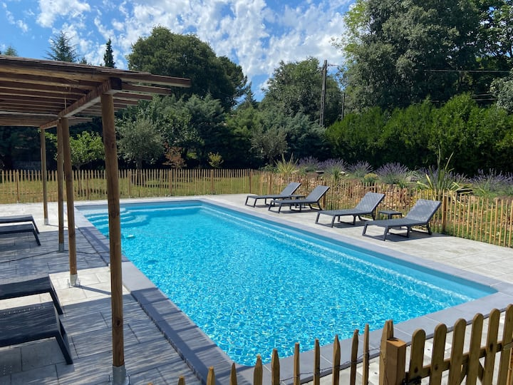 Appart 4 pers piscine jardin parking wifi Anduze