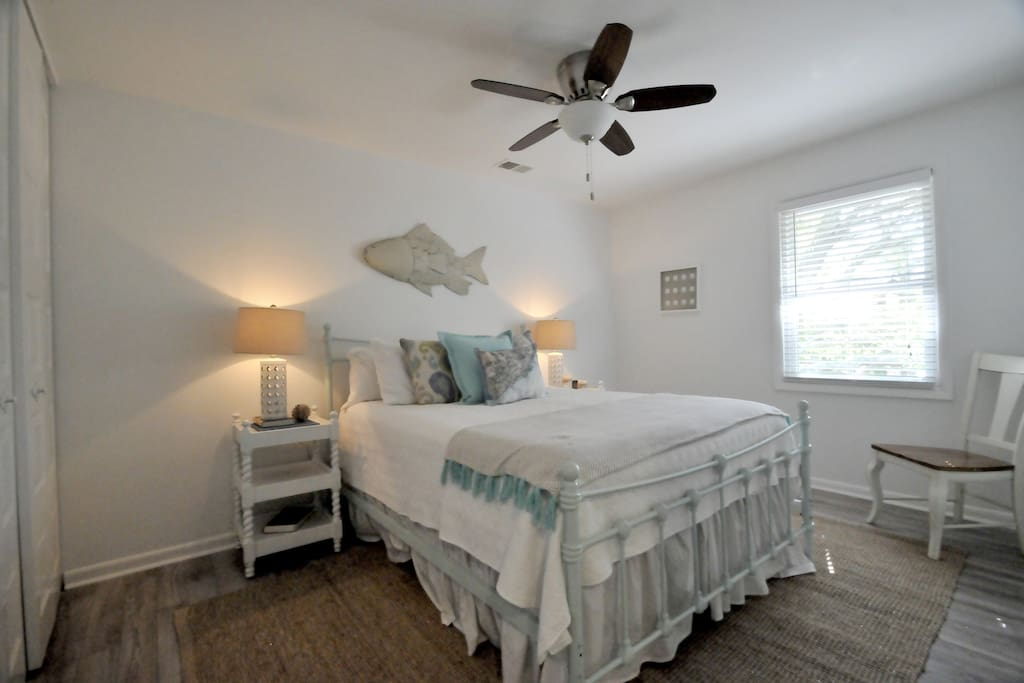 master bedroom picture coastal townhouse location houses for rent in mount 12312