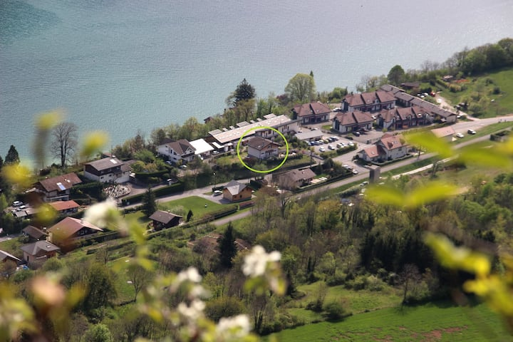 Cosy flat (85m²/915sqft) near Lake Annecy, sleeps