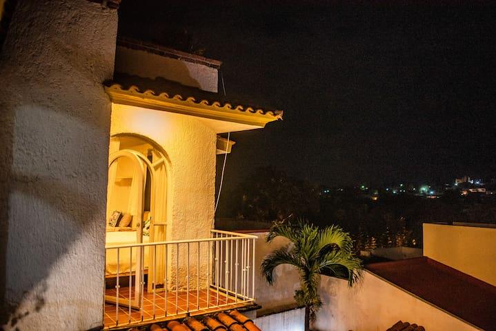 vista pradera/ habitacion con balcon