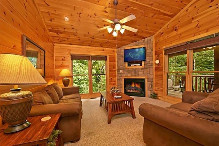 Gatlinburg Falls Resort 2 Story Cabin w/ 1 bedroom - Cabins for ...