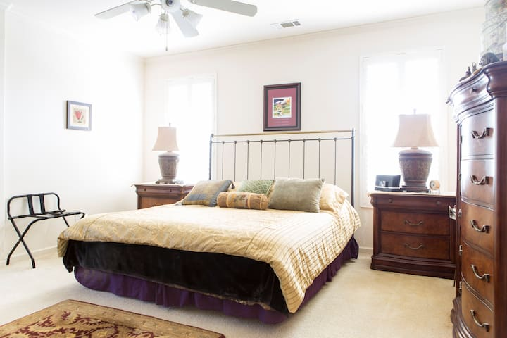 Master Bedroom: California King! All Drawers are Available for Guest Use + Walk-In Closet Space