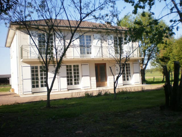 Maison de campagne - Massignac - Casa