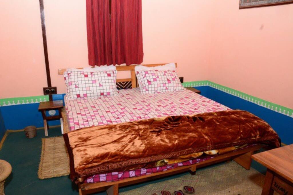 Kangra House - Bedroom 1