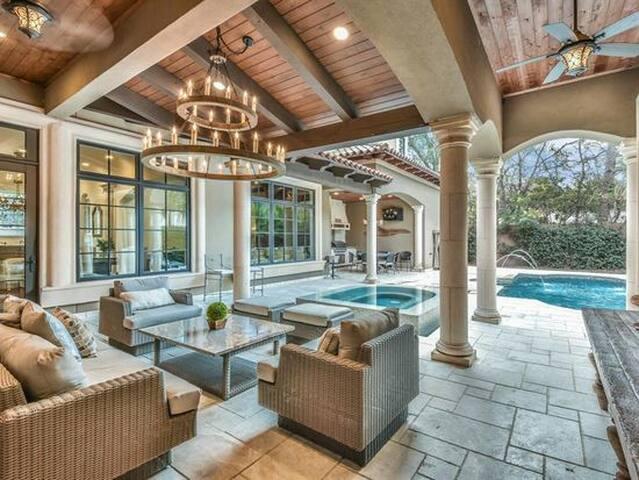 Luxury Houston Villa
