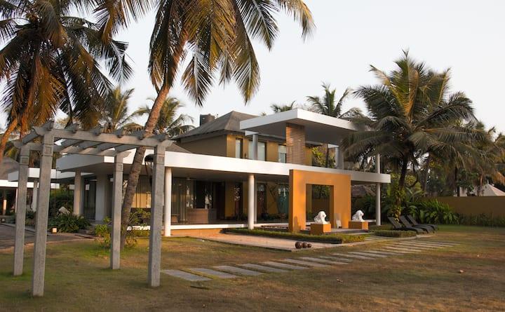Mangalore Beach House: Villa Elegance