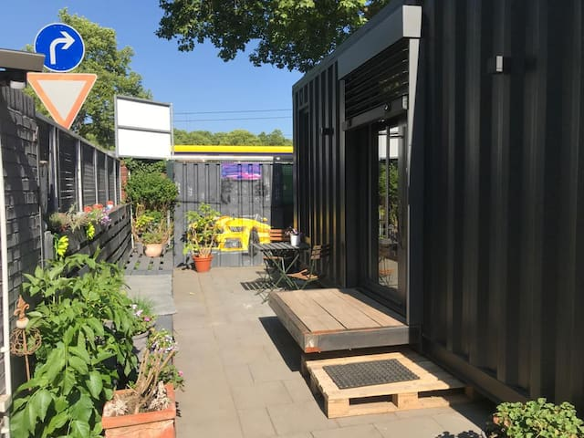 Exklusiver Seecontainer Smart Tiny House Köln