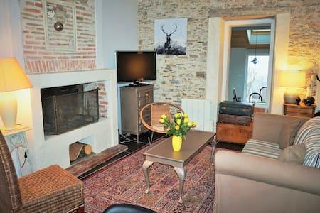 chambre dans maison chaleureuse
