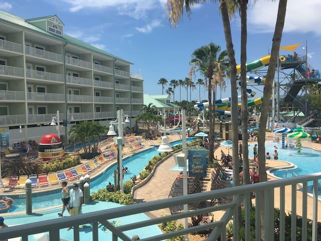 Waterpark 2bd/2ba Double Balcony Suite + 4 passes! - Indian Rocks Beach - Appartement en résidence
