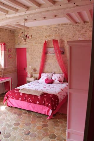 """Chambres D'Hôtes  Le Chant Des Oiseaux """"Romance"""""""