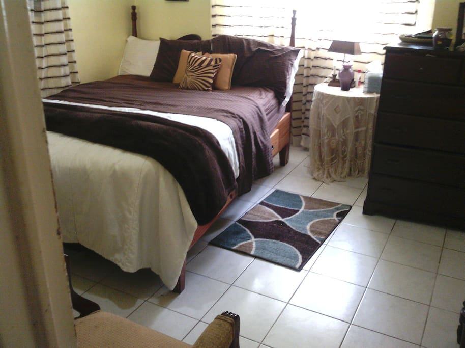 Great for any visiting couple or single occupancy