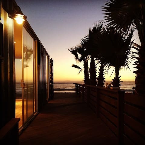 SURF & CHILL CONTAINER HOME - Ensenada
