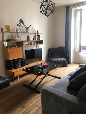 Chambre dans sympathique appartement de 43 m2