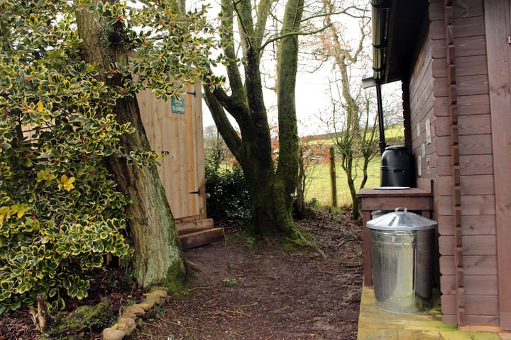 Cabin washing up & Toilets