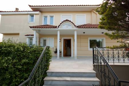Villa near Athens airport, port of Rafina - Anatoliki Attiki - 一軒家