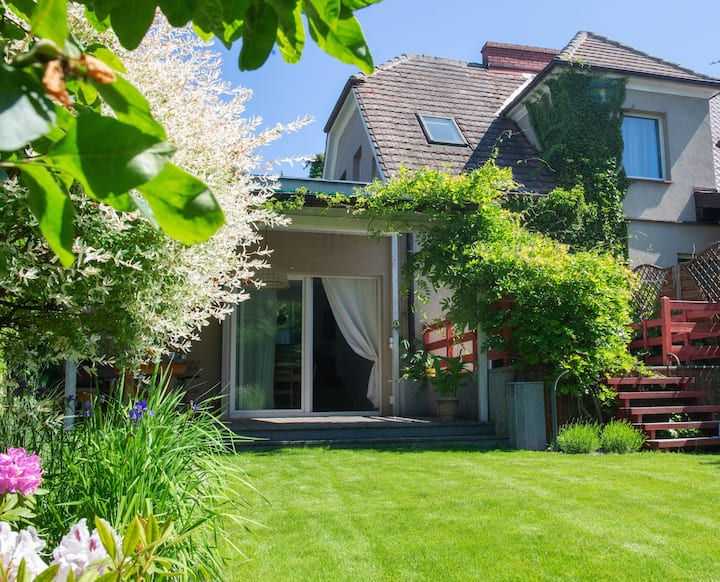 Puszczykowo - cozy stylish house + private garden
