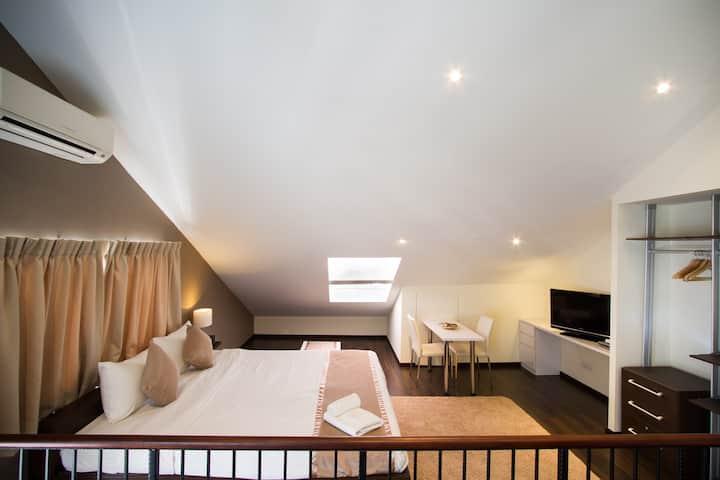 Robertson Quay Pristine Studio Premium Apartment