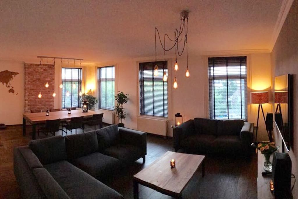 Living room with Hue led-lightning