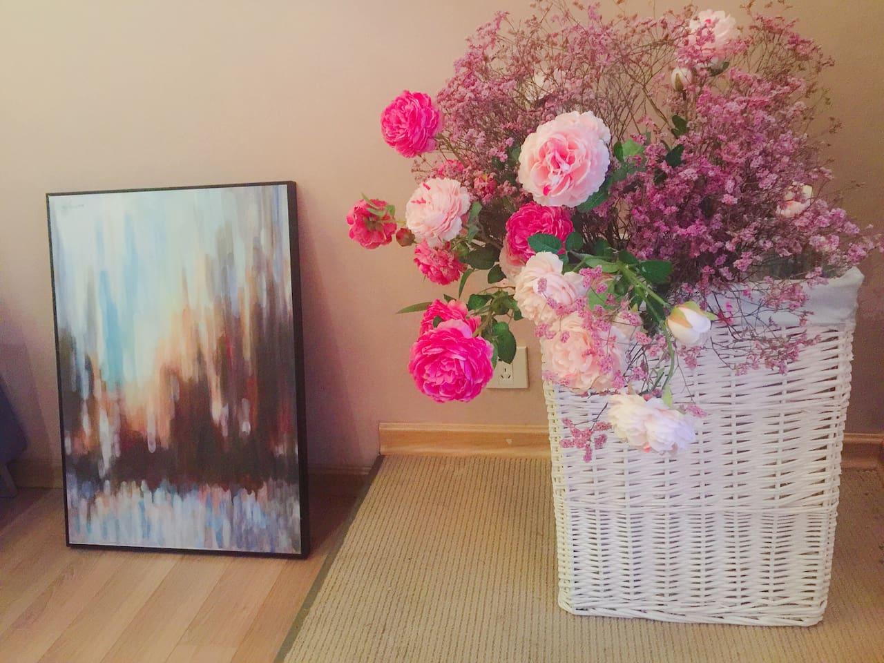 美丽的鲜花和淡淡的花香开启浪漫之旅!